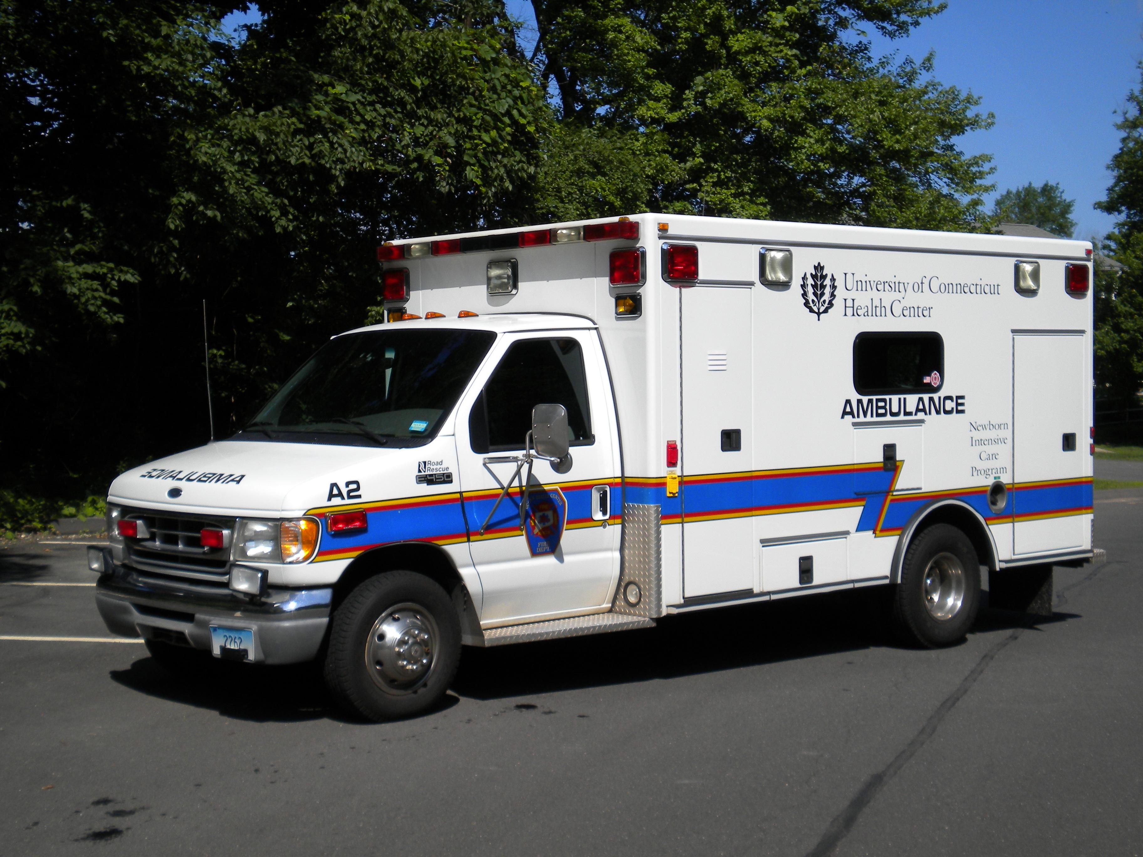 Ambulance 2 – 1998 Ford E450 / Road Rescue