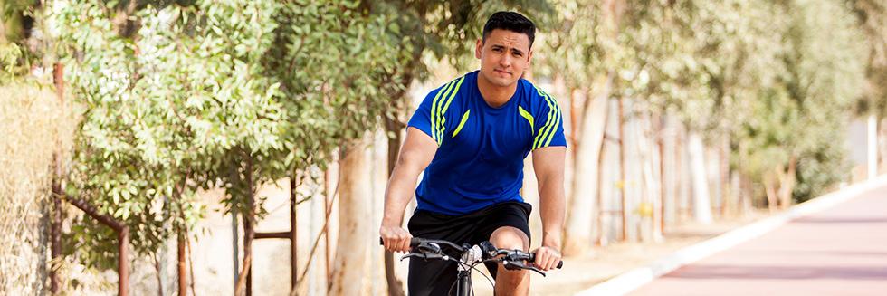 Cyclist (Shutterstock)